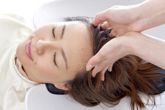 函館のヘアーサロン【Simply】はダメージレスだから安心~なぜ頭皮ケアが必要?~