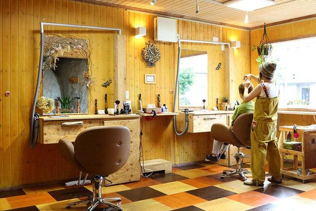 函館で頭皮ケアを体験するなら美容室【Simply】へ