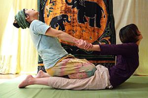 函館でヘアケアを行う【Simply】はタイ伝統の施術も体験できる美容室